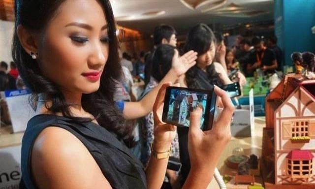 Có tới ba phiên bản Zenfone 5 LTE được tung ra thị trường