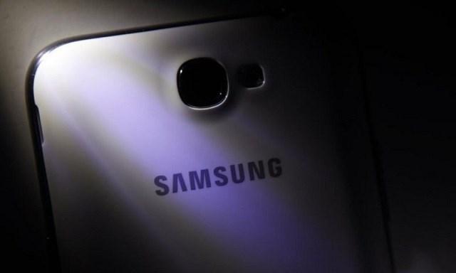 Samsung sắp trình làng smartphone 64-bit tầm trung giá tốt