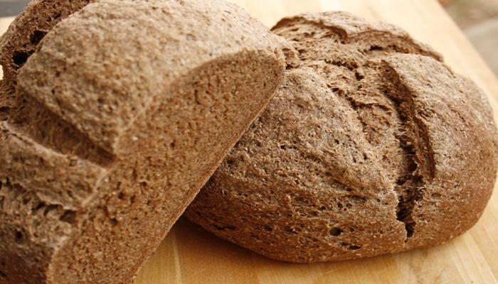 Kết quả hình ảnh cho bánh mì đen