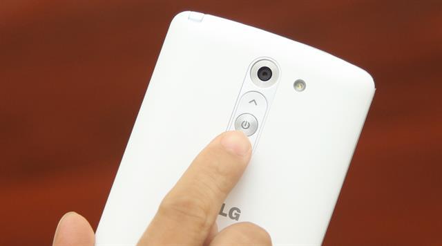 6 mẫu smartphone tầm trung giúp bạn chụp ảnh đẹp hơn trong đêm Giao thừa 9