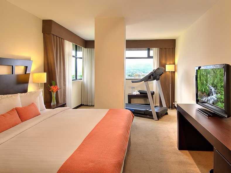 tryp-by-wyndham-hotel