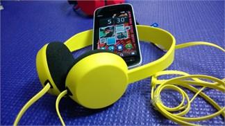 Microsoft chơi bạo, mua smartphone 1.5 triệu tặng tai nghe Nokia 800 ngàn đồng