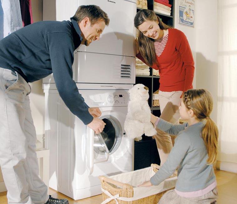 Máy giặt cửa trước thường có giá thành cao