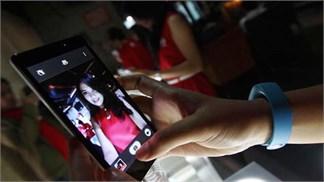 Đại gia lớn thứ ba làng smartphone sắp tung 'tân binh' có cụm camera rất dị thường