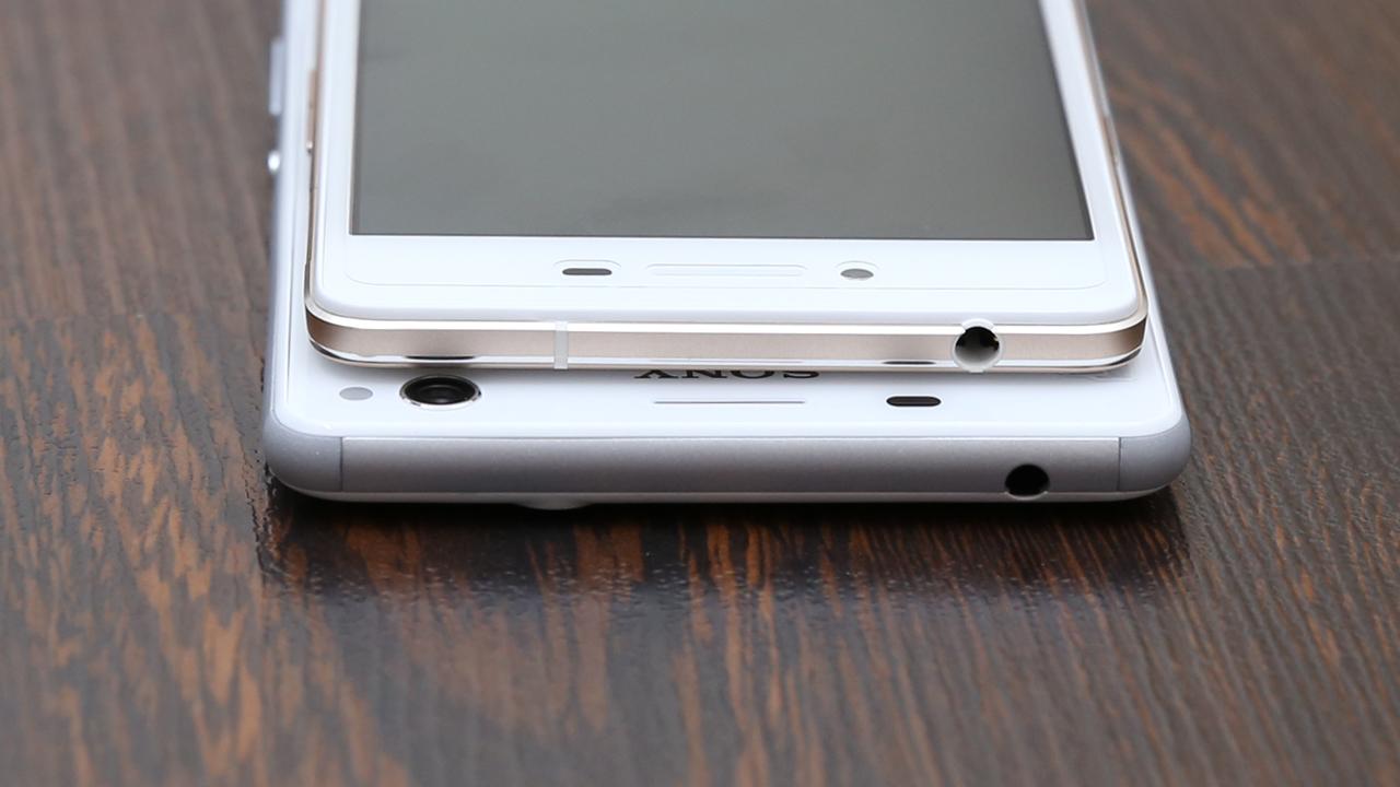 Cạnh viền Oppo R7 Lite và Sony C4 Dual