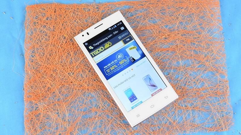 Mobiistar LAI Z dùng màn hình TFT