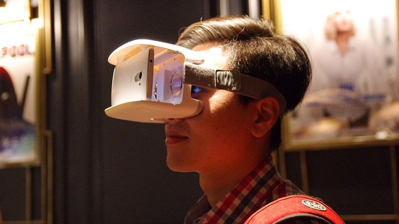 Hình ảnh trải nghiệm Lenovo ANT VR tại lễ ra mắt cách nay ít hôm