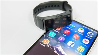 """Đánh giá Huawei TalkBand B2: """"Em rất tốt nhưng anh rất tiếc""""!"""