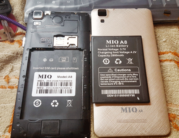 Chiếc MIQ A8 tương tự với chiếc điện thoại của nạn nhân