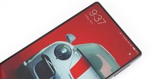 """4 smartphone """"không viền"""" ấn tượng nhất tại đang bán chính hãng"""