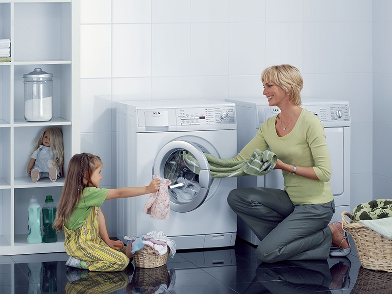 Nên sử dụng máy giặt cửa trước