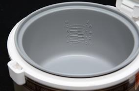 Lòng nồi hợp kim nhôm chống dính Poly-flon dễ dàng vệ sinh