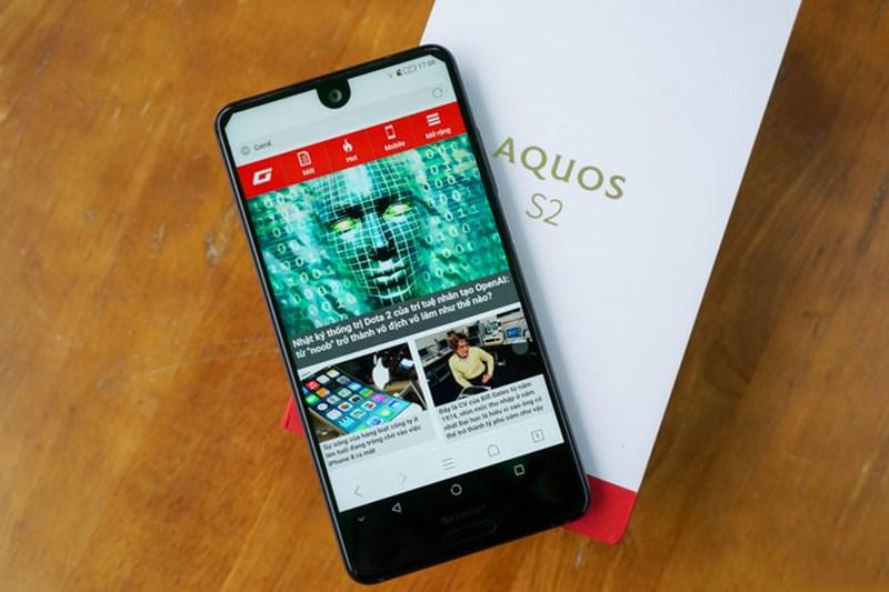 Sharp Aquos S2 - Thiết kế viền siêu mỏng