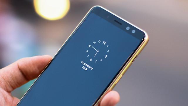 Sử dụng Samsung Galaxy A8 (2018)