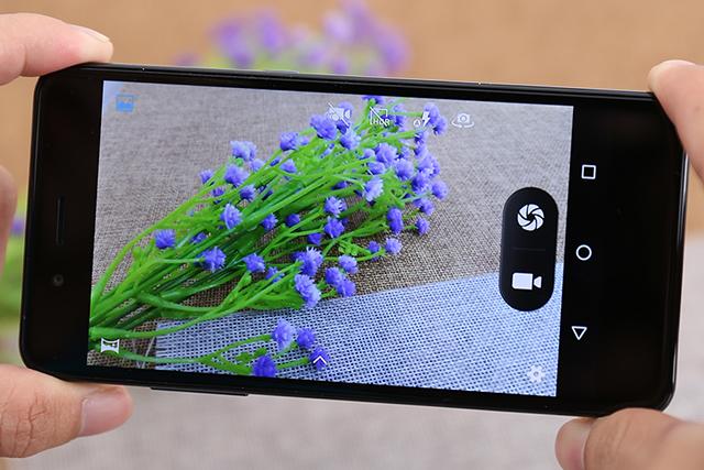 Camera Philips S329