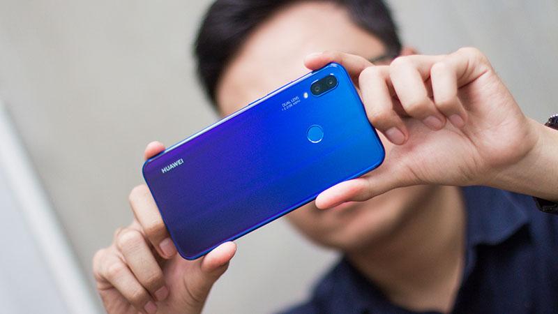Tính năng mở khoá bằng khuôn mặt của điện thoại Huawei Nova 3i