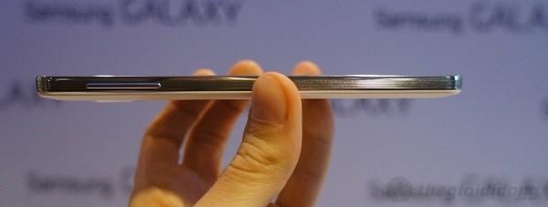 """Samsung Galaxy Note III: """"Gã khổng lồ"""" đã sẵn sàng lộ diện 9"""