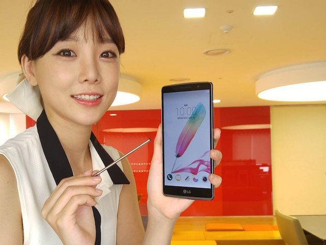 Như một xu hướng, việc trang bị bút cảm ứng trên những thiết bị smartphone dần trở nên phổ biến hơn và là một giá trị cộng thêm để sản phẩm thời trang hơn, sang trọng hơn.