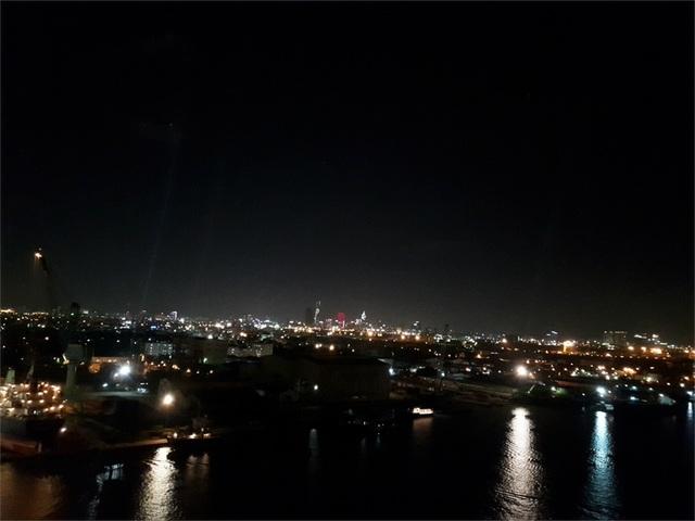 Chụp cảnh đêm nhưng rất ít bị nhiễu ảnh (Ảnh: Hoai Phuong Nguyen)