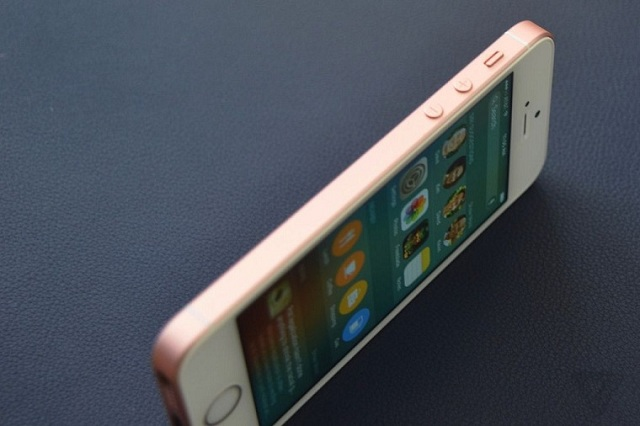 Vị trí các phím bấm tương tự iPhone 5S