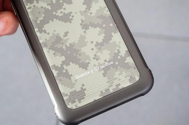 Thiết bị có khả năng chịu được áp suất vật lý, chống sốc, nhiệt độ cao, chống mốc, bức xạ… đạt tiêu chuẩn trong quân đội