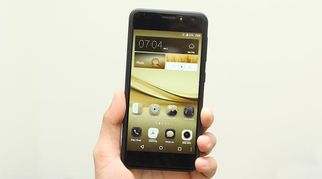Ba phím điều khiển của Android được đặt bên trong màn hình