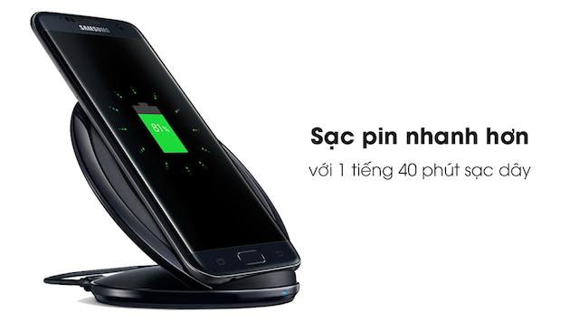 Khả năng sạc nhanh bằng dây trên Galaxy S7 Edge giúp bạn rút ngắn thời gian sạc để đầy dung lượng pin 3600 mAh