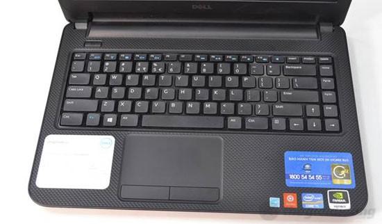Touchpad chìm khá rộng rãi và thao tác rất chính xác trên Dell Inspiron 14 N3421